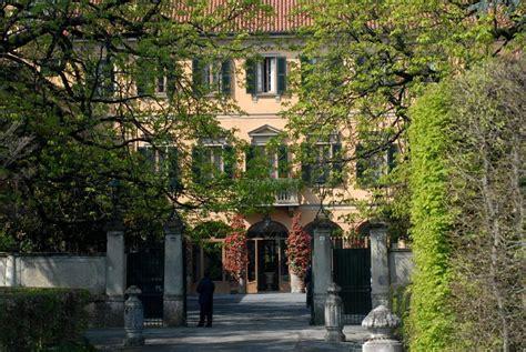 casa di berlusconi arcore da arcore ad antigua le ville di berlusconi