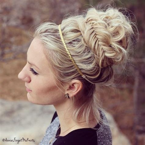 20 best greek hairstyles we re obsessed with