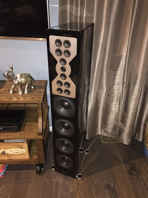 mcintosh xr speakers excellent condition  sale