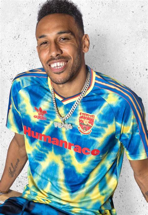 arsenal humanrace pharrel williams voetbalshirt