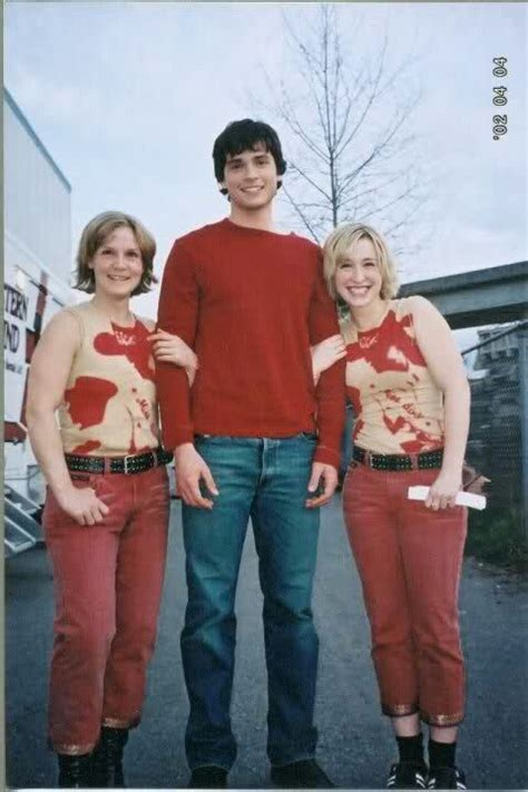 celebs favorite places on earth double wide tom shadyac s life now tiny houses mansion and allison mack stands next to tom welling and her double