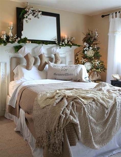 ways to decorate your room for free best 25 christmas bedroom ideas on pinterest christmas