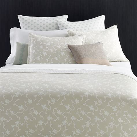 vera wang bedding vera wang fressia duvet cover from beddingstyle com