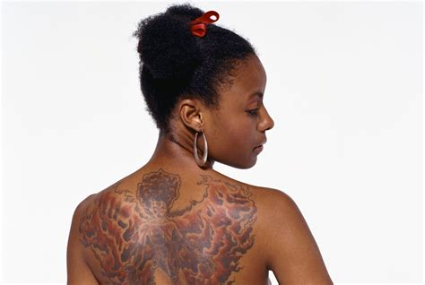 tattoo ink on black skin the misconception of tattoos on dark skin