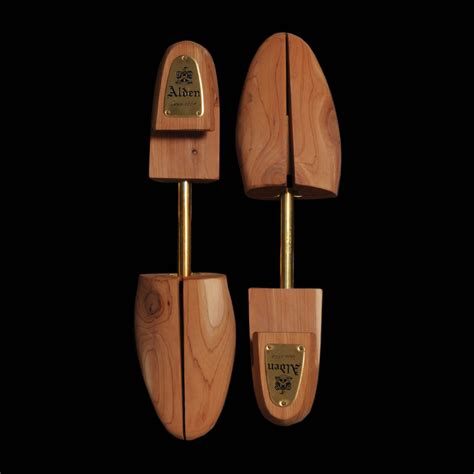 cedar shoe tree unionmade alden cedar shoe tree
