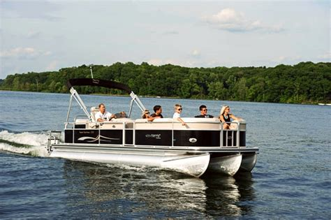 5 branson lake cruises offer sightseeing dinner more