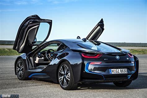BMW i8   Official Videos