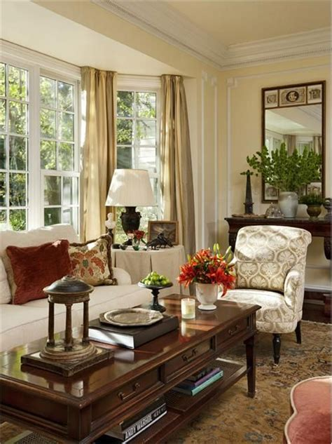 inneneinrichtung wohnzimmer traditional colonial living room by timothy