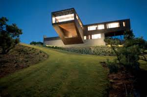 cantilever home cantilevered house by jackson clements burrows daily icon