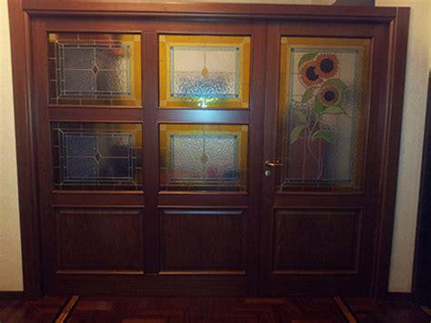 porta decorata porta con vetro decorato