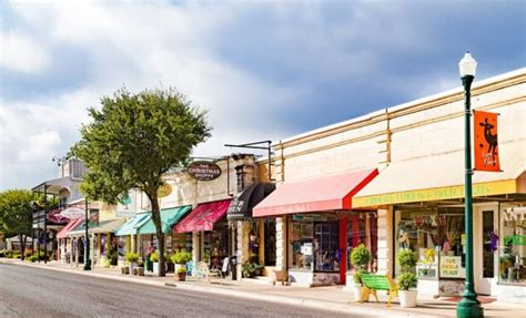 small country towns in america texas hill country town makes list of happiest small towns