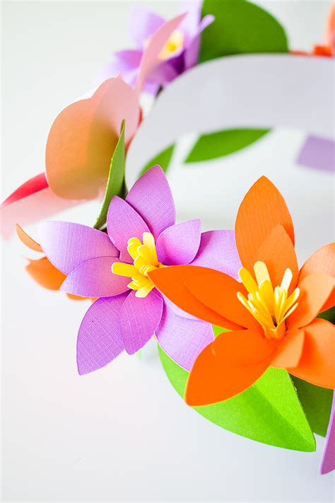 Paper Craft Flowers For - diy paper flower crowns make your own crown papercraft