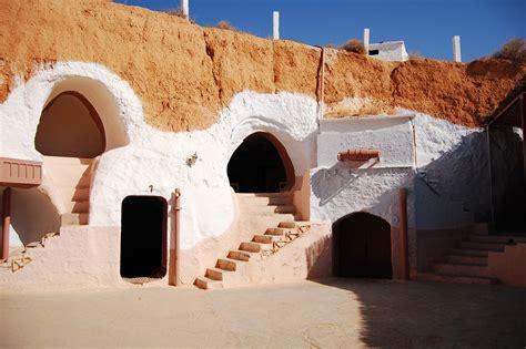maison troglodyte tunisie les maisons troglodyte de matmata tunisie voyage et loisir
