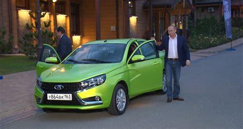 lada famosa quot coches rusos vuelven a cuba para enfrentar al legado