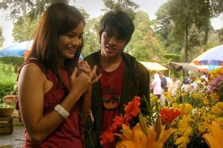 film romantis indonesia bikin baper 10 film romantis indonesia terbaik yang bakal bikin baper