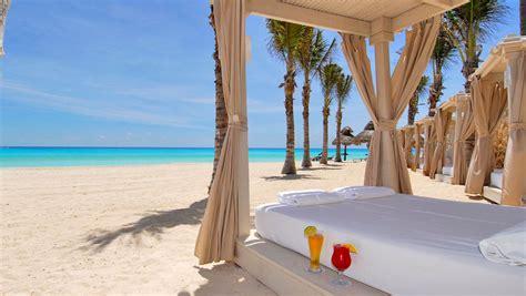 beach bed luxury beach destinations omni hotels resorts