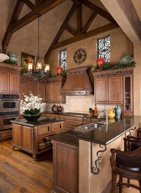 Gorgeous Tuscan Kitchen Wesley Wayne Interiors ᘡղbᘠ Tuscan Kitchen Lighting