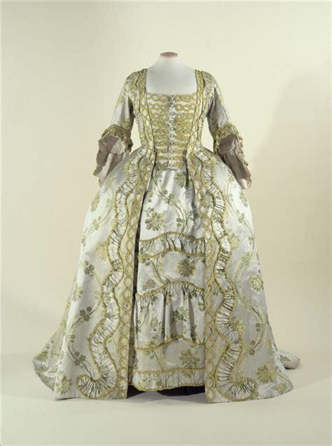Wedding Attire En Francais by Robe 224 La Fran 231 Aise Quot Sack Back Gown Quot Palais Galliera
