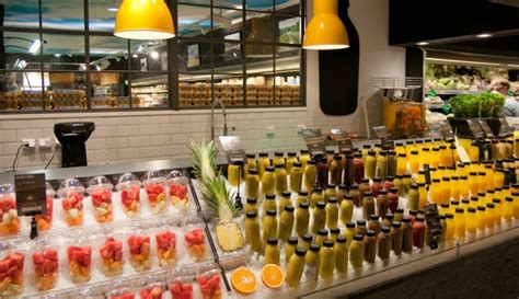Juicer Innovation Store ica liljeholmen juice smoothie bar by idei concepts ab stockholm sweden 187 retail design