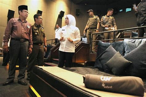 film cinta fitri luxury movie theater shut down on suspicion bed seats
