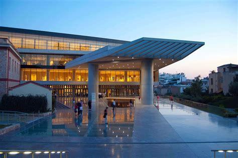 turisti per caso atene atene museo dell acropoli viaggi vacanze e turismo