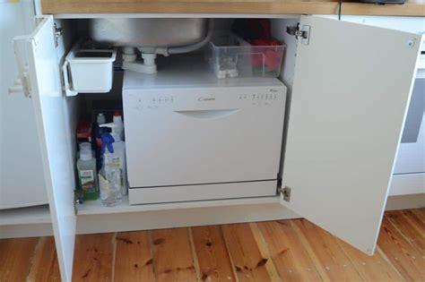 lavastoviglie sotto lavello lavastoviglie compatta una buona soluzione per una