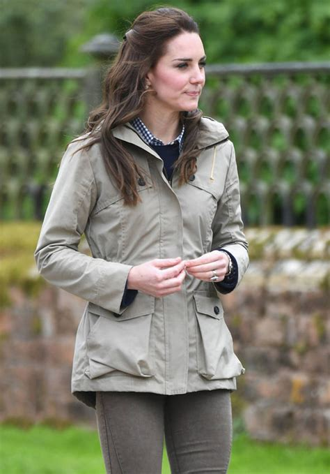 Trend Attack Of The Anorak Second City Style Fashion by Kate Middleton Shows Thrifty Side As She Rewears 163 475