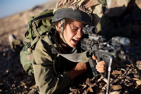film perang iraq 8 other nations that send women to combat