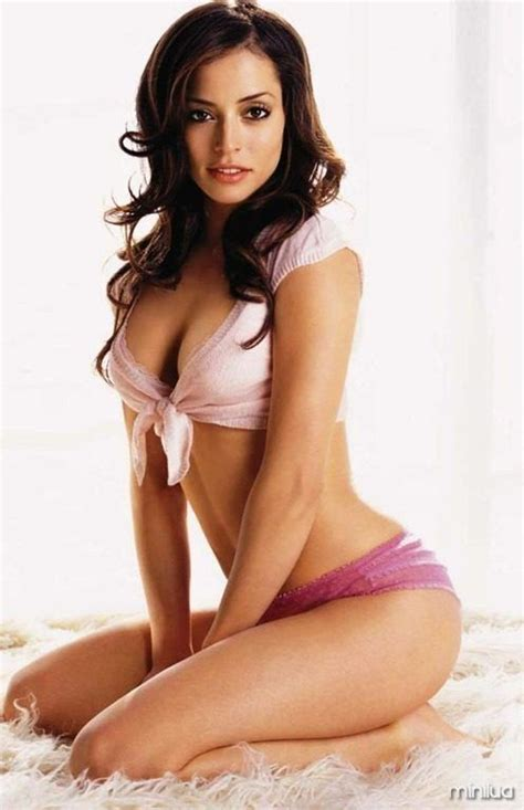 Tvs Sexiest by 25 Best Images About Emmanuelle Vaugier On
