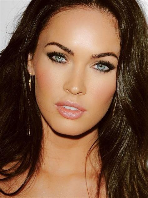 megan foxs makeup how to get her skin bold lip exact look megan fox is too pretty she has some of the best eyebrows
