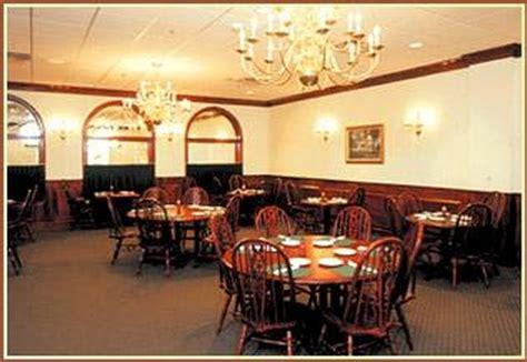 inside sanders dinner house in shelbyville