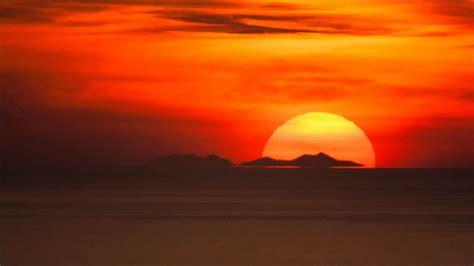 coucher de soleil coucher de soleil sur le massif du canigou observ 233 depuis