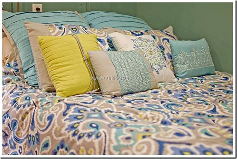 kohl s home trends bright colors transform the bedroom