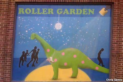 Roller Gardens In St Louis Park by St Louis Park Mn Roller Garden With Dinosaur