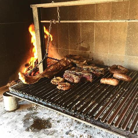 feuerstelle zum grillen feuerstelle aus backsteinen zum grillen