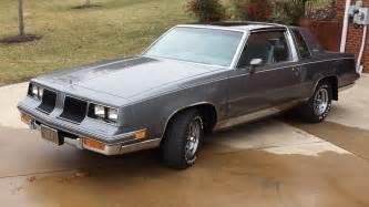 Blkrich1972 s oldsmobilecutlass supreme car pictures