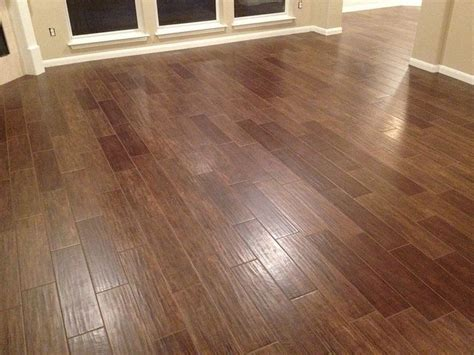 Would Porcelain Tile That Looks Like Wood Make A Countertop Kitchen Tile That Looks Like Wood Lowes Flooring Lowes Woods And Tile