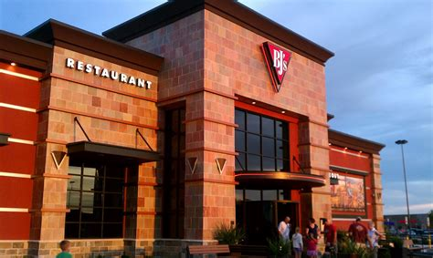 BJ's Restaurant & Brewhouse   Travelcoupon