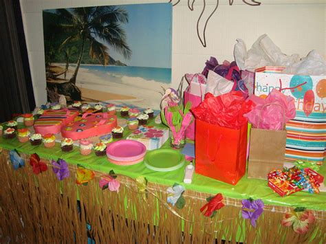 Hawaiian Luau Decorations by Hawaiian Luau Birthday Birthday Ideas