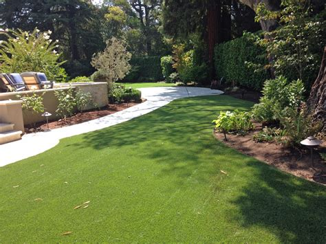 Backyard Highland Synthetic Turf Supplier Highland