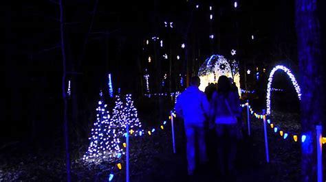 free christmas lights in arkansas lights at garvan woodland gardens in springs arkansas