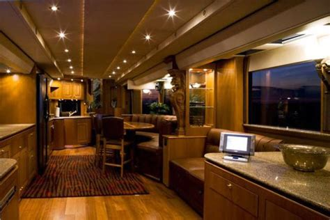 semi luxury mobile home boreme