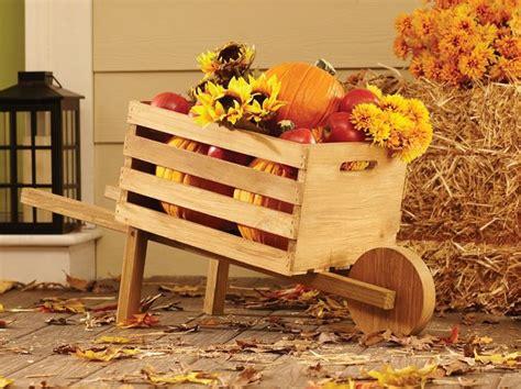 Landscape Timber Wheelbarrow 1000 Ideas About Wooden Wheelbarrow On