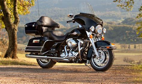 Harley Davidson Touring Owner S Manual 2013