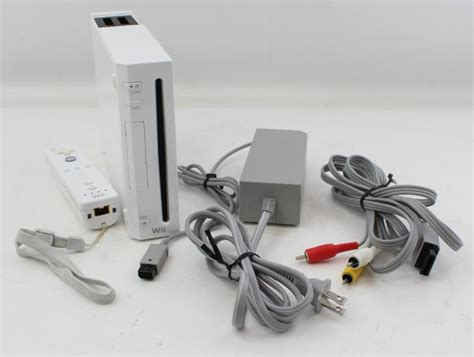 nintendo wii white console nintendo wii white console with controller 5643