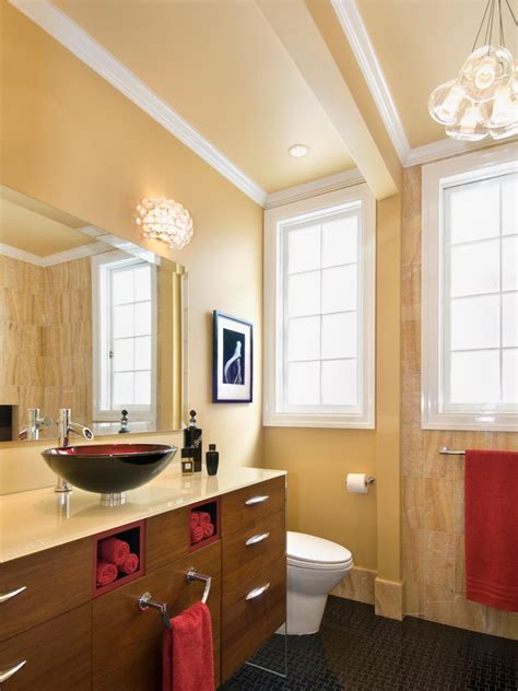 small bathrooms big design hgtv small bathrooms big design bathroom design choose