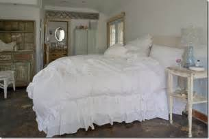 searching for style white bedding love