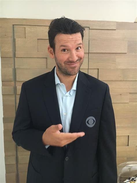 Tony Romos Trip Could Turned Awkward by Tony Romo Retires And Then Joins Cbs Joe Montana S Right Arm