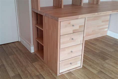 faire un bureau d angle soi meme fabrication biblioth 232 que et bureau d angle sur mesure en bois