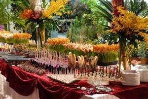 Buffet Table Centerpiece by Mariage Blog Buffet Mariage Decoration
